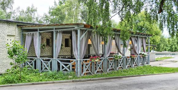 Кафе старое место - веранда